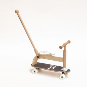 04push ride-on Skate